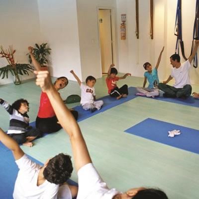 Yoga para niños y jóvenes
