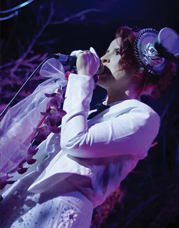 Donna Pierrot