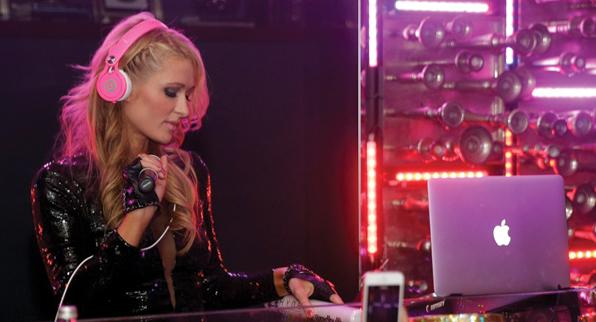 Paris Hilton Live DJ SET