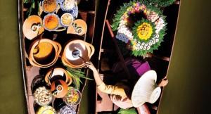 Tailandia---Navega-por-el-mercado-flotante