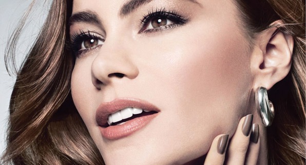 Covergirl llega a Colombia