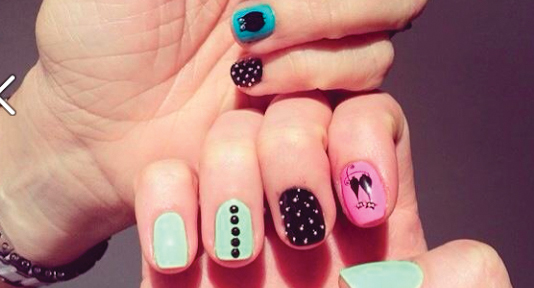 Super Wow Nails