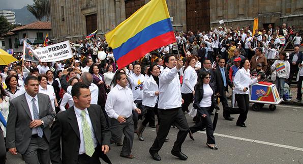 FORO DE LA HISTORIA POLÍTICA DE COLOMBIA
