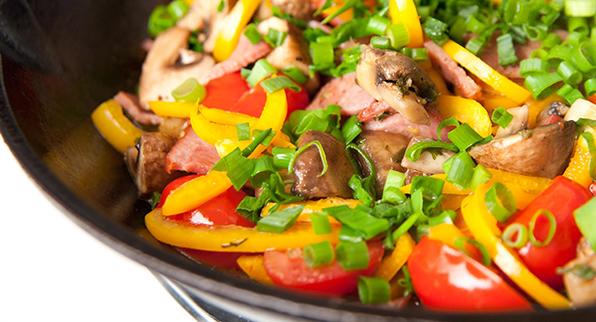 Recetas ligeras: salteado de cerdo y verduras