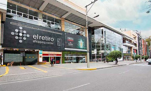 CÁPSULA DEL RETIRO SHOPPING CENTER