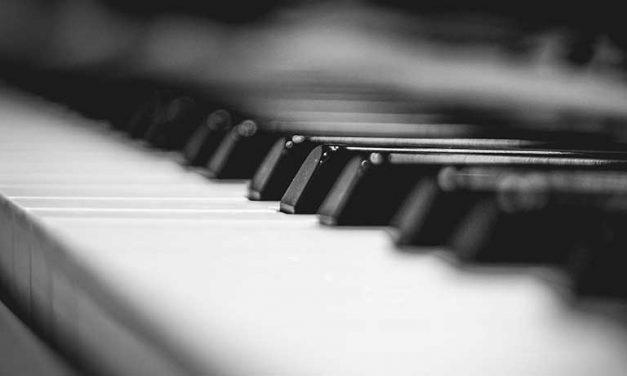 POESÍA Y PIANO