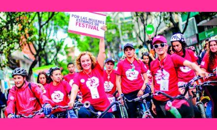 6° FESTIVAL INTERNACIONAL NI CON EL PÉTALO DE UNA ROSA